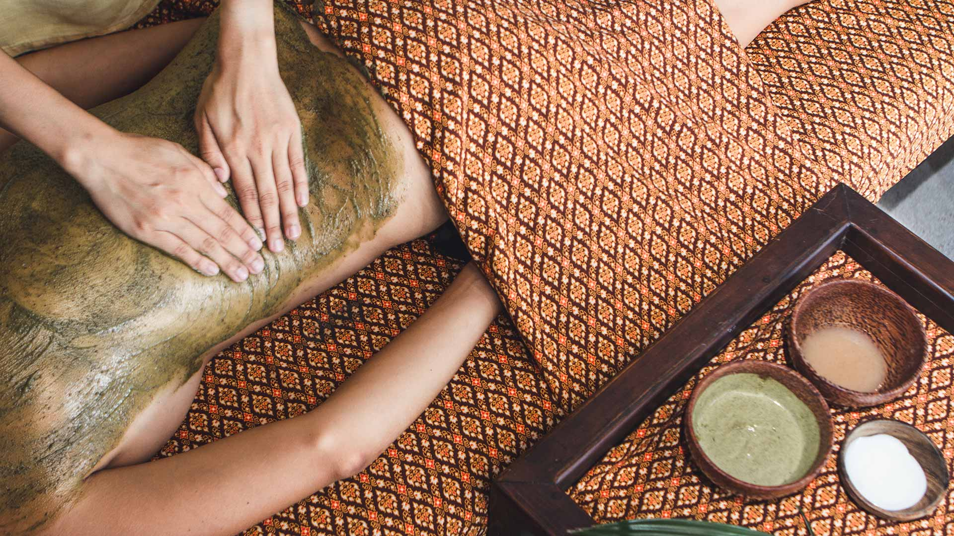 Herbal Body Scrub & Wrap in Koh Samui Thailand