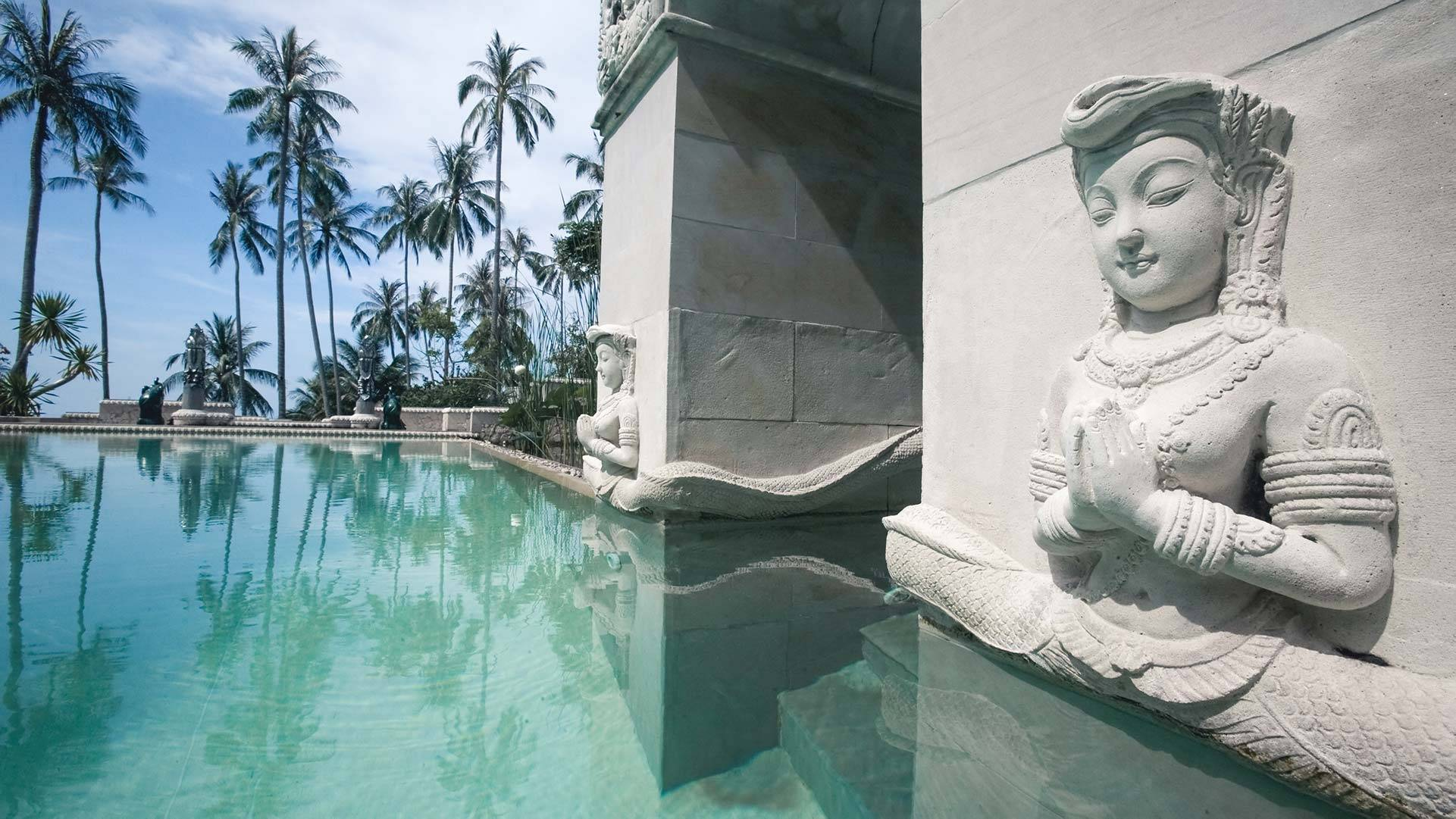 Swimming Pool at the Restaurant at Spa Beach Resort Koh Samui