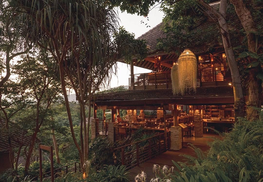 Restaurant Serving Organic Vegan Food in Thailand