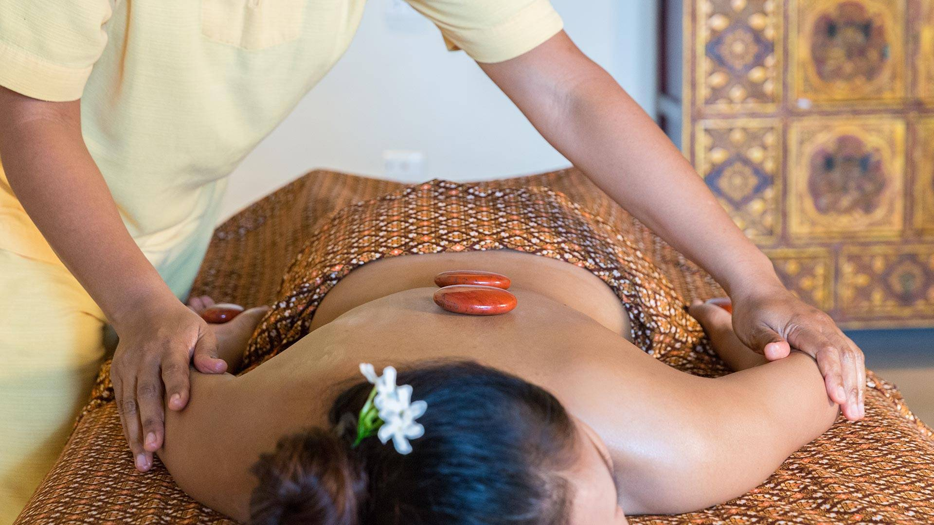 Traditional Thai Therapies in Asia