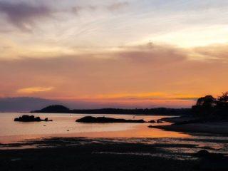 📷 by @turk_supachanya: Orange Sunset 🌅 Thank you for the lovely photo at Kamalaya 😊🧡  #KamalayaKohSamui #sunset #peaceful #beautyofnature #sunsetbeach #rediscoversamui #heal #paradise
